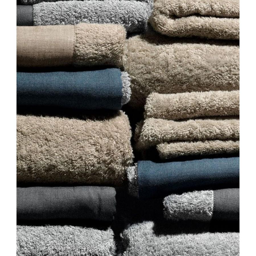 Банные полотенца Daniel